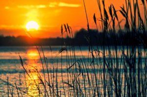 lake-696098_960_720